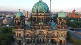 Berlin Cathedral alemania almacen de metraje de vídeo