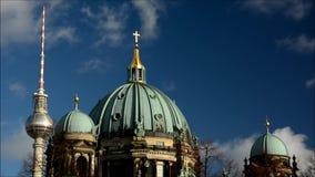 Berlin Cathedral Berliner Dom in Berlijn, Duitsland stock videobeelden