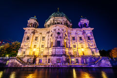 Berlin Cathedral e la baldoria alla notte, a Berlino, la Germania Fotografia Stock