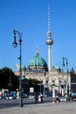 Berlin Cathedral et tour de TV, Berlin, Allemagne Image stock