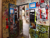 BERLIN-DECEMBER 17. graffiti and posters in the alley in berline Stock Photography