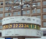 Berlin, Deutschland - 18. August 2017: Urania World Clocks calle auch Lizenzfreie Stockfotos