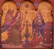 BERLIN, DEUTSCHLAND, FEBRUAR - 15, 2017: Das Fresko der Ankündigung Mary auf dem Seitenaltar von Rosenkranz-Basilika Stockbilder