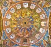 BERLIN, DEUTSCHLAND, FEBRUAR - 15, 2017: Die Kuppel von Rosenkranz-Basilika lizenzfreies stockbild