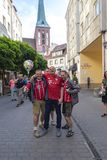 Berlin-Deutschland am 19. Mai 2018 Portret von drei Bavrian-suporters Lizenzfreies Stockbild