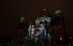 Berlin, Deutschland - 11. Oktober 2017: Berlin Cathedral belichtete Lizenzfreie Stockfotos
