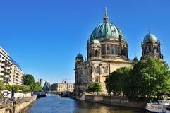 Berlin Dom Cathedral royaltyfria foton