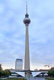 berlin fernsehturm Arkivbilder