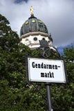 Berlin Gendarmenmarkt con la cattedrale Fotografia Stock Libera da Diritti