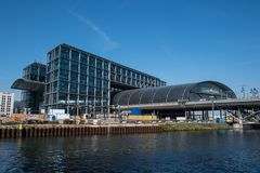 Berlin central train station, work is ongoing for the new S21 local train line stock photography
