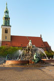 Fountain of Neptune and Marienkirche in Berlin Royalty Free Stock Photos