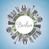 Berlin Germany City Skyline con Gray Buildings, cielo blu ed il Co Immagini Stock
