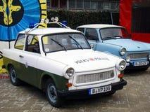 BERLIN GERMANY-DECEMBER 17 POLIStappningbilar Arkivfoton