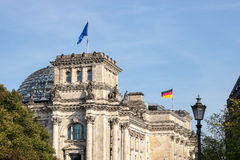 BERLIN GERMANY/EUROPE - SEPTEMBER 15: Reichstagen i Berlin Arkivfoto