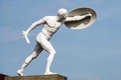 BERLIN GERMANY/EUROPE - SEPTEMBER 15: Staty av en naken man w Fotografering för Bildbyråer