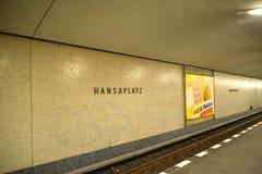 berlin germany Hanzaplatz tunnelbanastation Arkivfoton