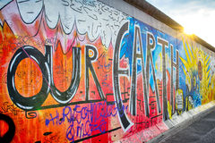 Berlin-Graffiti Wand Stockbild