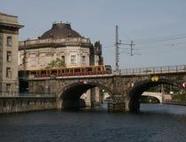 Berlin jest bahn pociąg Zdjęcia Royalty Free