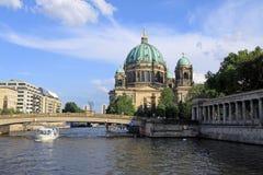 berlin kupol Arkivbild