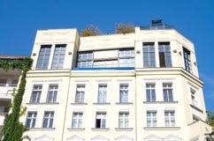 Berlin lägenhethus Arkivfoto