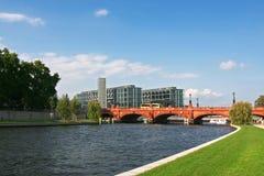 Berlin : la gare centrale ferroviaire neuve image libre de droits