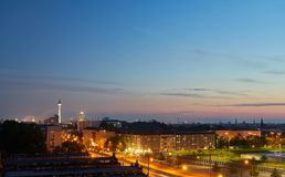 Berlin la nuit avec la tour de TV Images libres de droits
