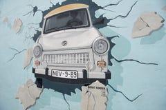 Berlin, le mur, peinture, galerie de côté est photo libre de droits