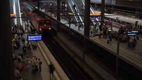 Berlin Main Station Tracks video d archivio