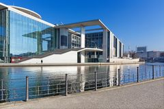 Berlin - The modern Government buildings over the Spree river Stock Photography