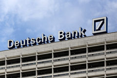 Berlin, Niemcy. Deutsche Bank logotyp Obrazy Royalty Free