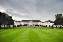 BERLIN NIEMCY, WRZESIEŃ, - 25, 2012: Oficjalny prezydent dom, siedziba w Berlin, Niemcy Bellevue pałac, Schloss Bellevue, l Obrazy Stock