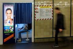 BERLIN NIEMCY, WRZESIEŃ, - 22, 2015: Metro przy Postda Fotografia Royalty Free