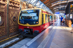 Berlin S-Bahn Royaltyfri Bild