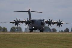 BERLIN - 11. SEPTEMBER: Militärtransporter Airbus A400M gezeigt an ILA Stockbild