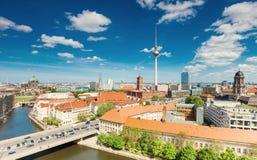 Berlin-Skyline-Stadt, Kapital von Deutschland lizenzfreie stockbilder
