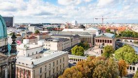 Berlin-Stadtbild mit Museen bei Museumsinsel Stockbild