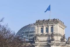 BERLIN TYSKLAND - APRIL 11, 2014: Reichstag byggnad Arkivfoto