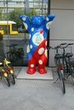 Berlin Tyskland. Björnskulpturen Royaltyfria Foton