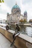 Berlin Tyskland - domkyrka - BerlinerDom Royaltyfri Foto