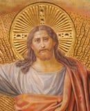 BERLIN TYSKLAND, FEBRUARI - 14, 2017: Freskomålningen av Jesus Christ i huvudsaklig absid av den Herz Jesus kyrkan Arkivbild