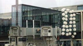 BERLIN TYSKLAND - JANUARI 17th, 2015: Berlin Brandenburg Airport BER, fortfarande under konstruktion, tom slutlig byggnad Royaltyfria Foton