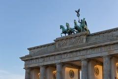 BERLIN TYSKLAND - JULI 2015: Brandenburg port i Berlin i Germa Arkivfoto