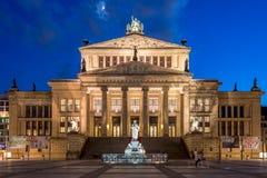 Berlin Tyskland - Maj 11, 2016: Konserthall på Gendarmenmaren Royaltyfri Bild