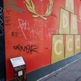 BERLIN TYSKLAND Oktober 15, 2014: Berlin Wall var en barriär lurar Fotografering för Bildbyråer