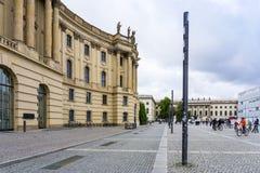 BERLIN TYSKLAND Oktober 7: Typisk gatasikt Oktober 7, 2016 Fotografering för Bildbyråer
