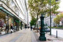 BERLIN TYSKLAND Oktober 7: Typisk gatasikt Oktober 7, 2016 Arkivfoto