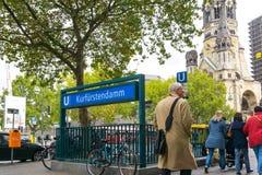 BERLIN TYSKLAND Oktober 8: Typisk gatasikt Oktober 8, 2016 Royaltyfria Foton