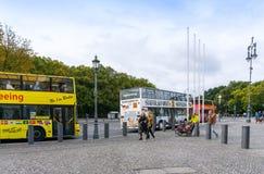 BERLIN TYSKLAND Oktober 8: Typisk gatasikt Oktober 8, 2016 Royaltyfri Bild