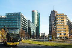 BERLIN TYSKLAND - Sony Center på Potsdamer Platz Royaltyfria Foton