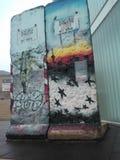 Berlin väggmålningar royaltyfri fotografi